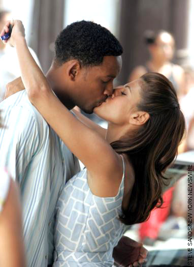 real hitch dating coach Will smith dating coach movie hitch movie cast: will smith dating coach movie the film, which was written by kevin bisch, co-stars eva mendes, kevin james, and amber vallettasmith plays.